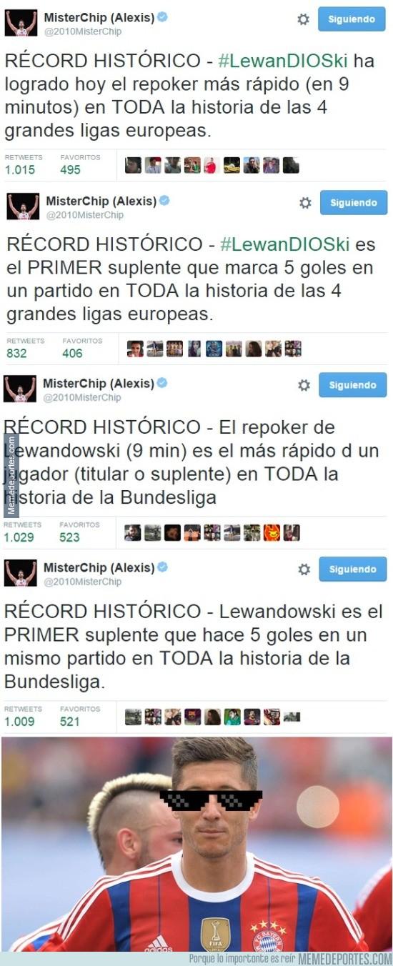 694041 - Los récords que ha roto Lewandowski con su repóker en 9 minutos