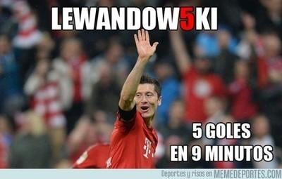 694099 - Los 5 goles de Lewandowski al Wolfsburgo en 9 minutos