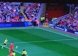 Enlace a GIF: ¡Volvió el delantero que le faltaba el Liverpool! Golazo de Sturridge