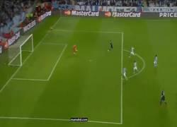 Enlace a GIF: Gol de Cristiano Ronaldo, su gol número 500 como profesional