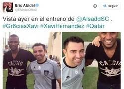Enlace a Abidal y Xavi se reencuentran en Qatar