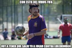 Enlace a Pablo Iglesias calienta en banda...