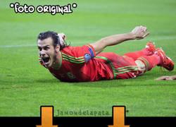 Enlace a Ronda de chops de Bale y su celebración con Gales