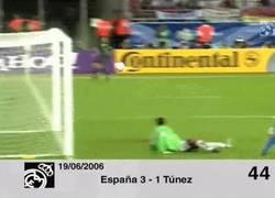 Enlace a GIF: El último gol de Raúl Gonzalez con la Selección Española, ante Túnez en Alemania 2006