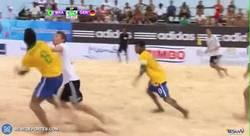 Enlace a GIF: ¿Y lo que mola el fútbol playa qué?