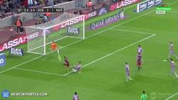 Enlace a GIF: Gol de Neymar, hattrick del brasileño