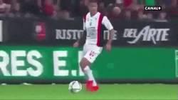 Enlace a GIF: Ben Arfa lo sigue petando, otro golazo con el Nice