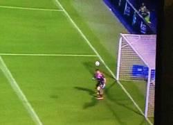 Enlace a GIF: El golazo de Lucas Silva para darle la victoria al Cruz Azul