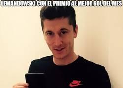 Enlace a Lewandowski con el premio al mejor gol del mes