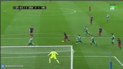 Enlace a GIF: Remonta el Barça con gran jugada de Neymar y gol de Suárez