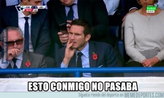 722200 - Lampard viendo a su equipo del alma