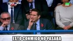 Enlace a Lampard viendo a su equipo del alma