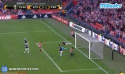 Enlace a GIF: ¡Segundo gol de Williams! ¡3 goles en 2 minutos!