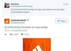 Enlace a Ojo a la respuesta de Adidas a un usuario en Twitter