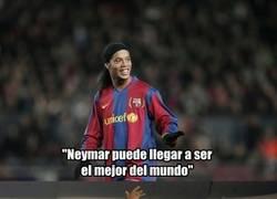 Enlace a Ronaldinho aconseja a Neymar