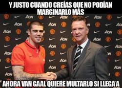 Enlace a Van Gaal se está pasando mucho con Valdés