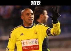 Enlace a Roberto Carlos nos confunde, ¿a qué juegas?
