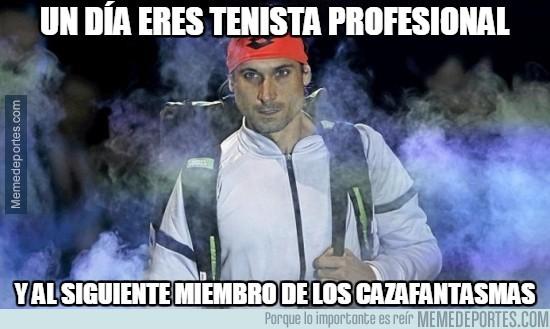 736067 - Un día eres tenista profesional y al siguiente...
