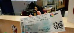 Enlace a FAIL La SD Huesca vende entradas de Copa Del Rey contra el Villareal con escudo del Valladolid