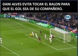Enlace a Cristiano no entiende a Alves