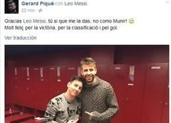 Enlace a Piqué se la tiene jurada a Munir todavía tomándoselo con humor