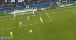 Enlace a GIF: Gol de Mandžukić para adelantarse frente al City