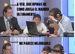 Enlace a El hijo de Rajoy liándola