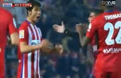 Enlace a GIF: ¡Gol de Vietto que empata el partido en posible fuera de juego!