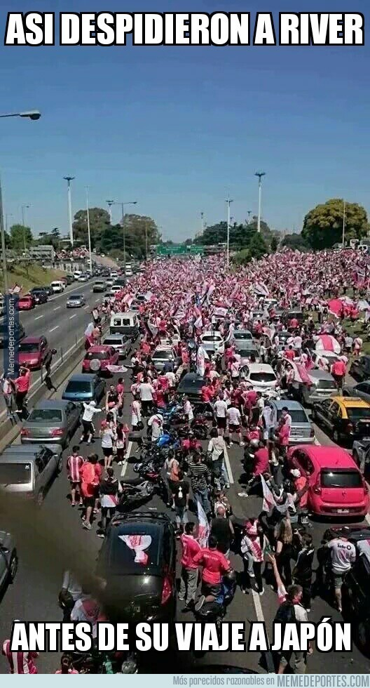 752733 - Increíble lo de la aficion de River Plate antes del Mundialito