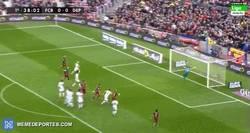 Enlace a GIF: Golaaaazo de Messi de falta directa frente al Deportivo