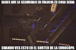 Enlace a Tremenda seguridad en Francia