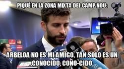 Enlace a Piqué dejando a Arbeloa por los suelos en la zona mixta del Camp Nou
