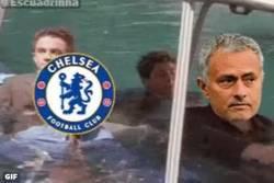 Enlace a GIF: Mourinho y el chelsea esta temporada