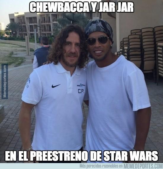 761827 - Chewbacca y Jar Jar en el preestreno de Star Wars