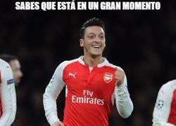 Enlace a Özil va camino de hacer historia