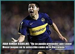 Enlace a Juan Román Riquelme brinda su apoyo a Lionel Messi