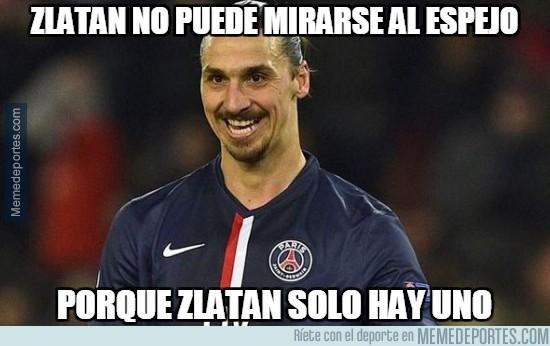 768187 - Zlatan no puede mirarse al espejo