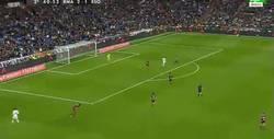 Enlace a GIF: Gol de Lucas Vázquez a gran pase de Bale