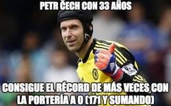 Enlace a Brutal el récord de Cech