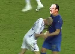 Enlace a GIF: Zidane en estos momentos