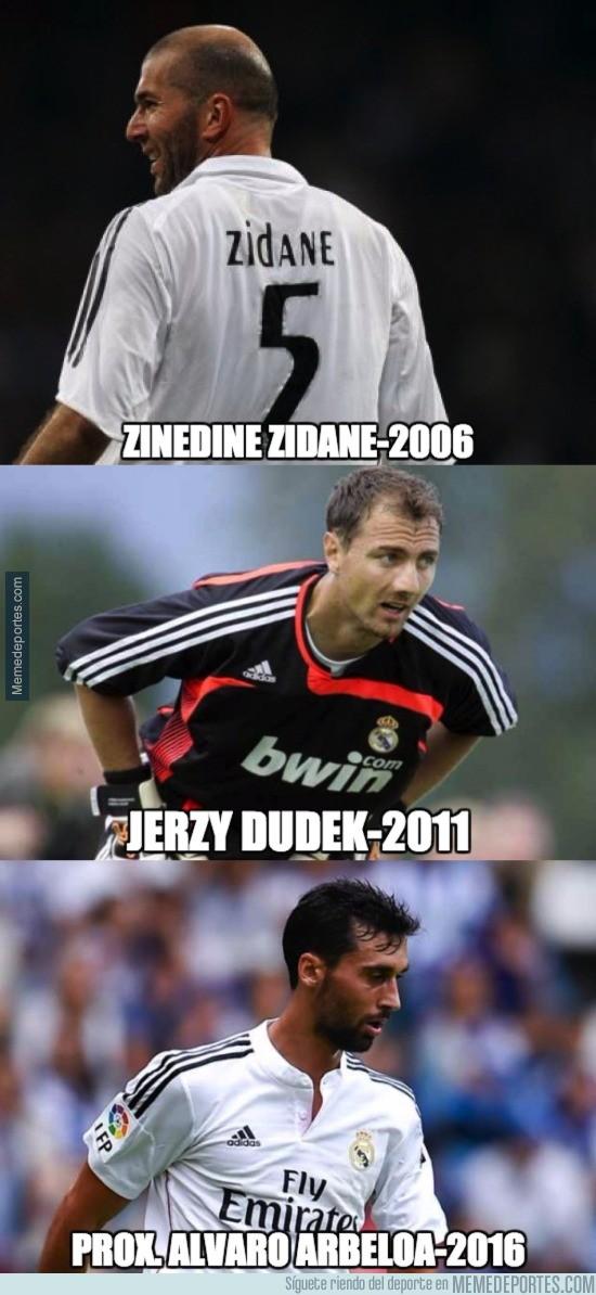 775036 - Últimos 3 jugadores en retirarse del fútbol profesional en el Real Madrid. LEYENDAS