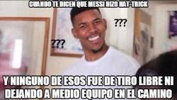 Enlace a ¿Messi un hattrick sólo empujándola?