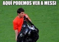 Enlace a Se le están acumulando los balones de oro a Messi