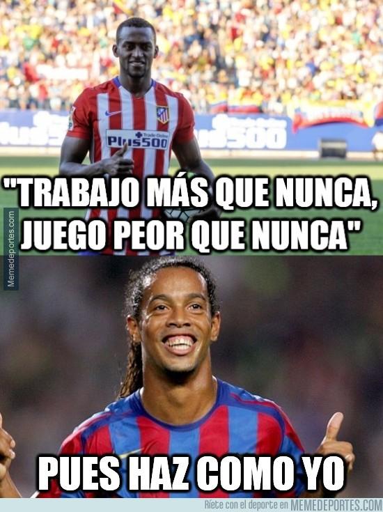 783617 - Ronaldinho tiene la solución para Jackson Martínez