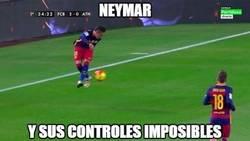 Enlace a La habitual magia de Neymar controlando el balón