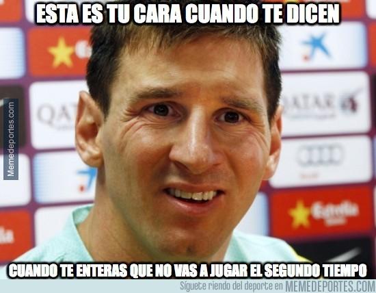 785340 - Messi ni ha saltado al campo