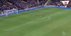 Enlace a GIF: ¡Milner remonta el partido! Del 3-1 al 3-4 ante el Norwich