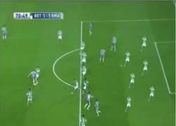 Enlace a Parece que el gol de Benzema es totalmente legal