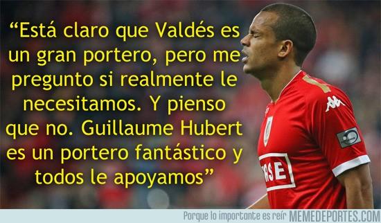 791101 - Más problemas para Valdés, esto opina de él Mathieu Dossevi