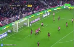 Enlace a GIF: Piqué sentencia la eliminatoria frente al Athletic